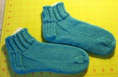Easy Knitted Sock Pattern for Beginners with link to video tutorial..