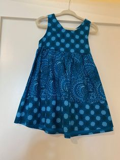 These gorgeous girls dresses are designed and produced in Observatory, Cape Town. Each one is handmade from traditional South African Shwe Shwe fabrics. Boho Outfits, Cute Outfits, Cute Sleepwear, American Doll Clothes, Boho Clothing, Girls Dresses, Summer Dresses, Dream Closets, African Fashion Dresses