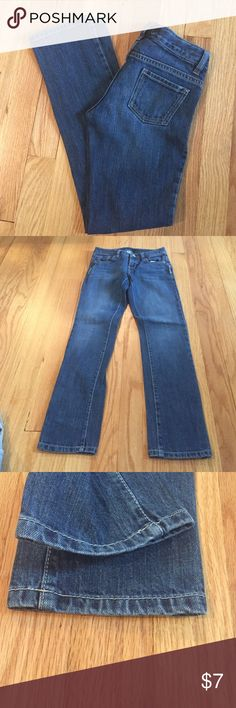 "💜size 10 Old Navy Slim jeans Size 10 Girls old navy slim jeans with adjustable waist.  EUC.  Waist 23"" inseam 25"""".  ☑️kids items 5 for $20☑️ Old Navy Bottoms Jeans"