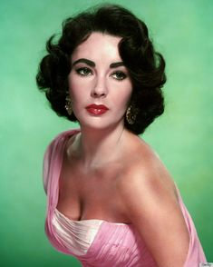 b. Elizabeth Rosemond Taylor 27 Feb 1932 Hampstead Garden Studio, London, England ~ d. 23 Mar 2011 Los Angeles,  CA (aged 79)