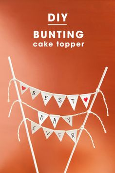 Learn how to make a darling and simple bunting cake topper!