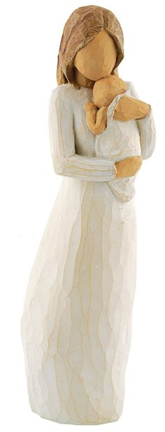 A mother holds her newborn to her chest, feeling that new life in her arms. This Willow Tree Angel of Mine figure captures the magic of that moment, the silence and love that fills the mothers heart. Willow Tree Figures, Willow Tree Angels, Sculptures Céramiques, Tree Sculpture, Gifts For New Mothers, Mother Day Gifts, Tree People, Personalized Mother's Day Gifts, Angel Decor
