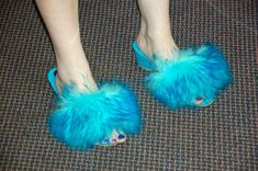 Vintage Fur, Fur Slides, 1960s, Slippers, Mens Fashion, Sandals, Shoes, Cute Flip Flops, Fuzzy Slippers