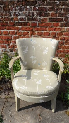 occasional chair upholstered in V Arbuthnott's Cow Parsley. Vanessa Arbuthnott, Cow Parsley, Country Furniture, Vintage Country, Rustic Feel, Occasional Chairs, Upholstered Chairs, Color Inspiration, Sewing Ideas