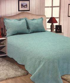Take a look at this Aqua Quinn Quilt Set today!