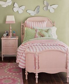 10 Cool Toddler Girl Room Ideas   Kidsomania: i like it with white furniture instead and purple or teal bedding