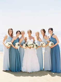 Bring That Blue And White Beach Theme Into Your Garden Wedding - Light Blue Wedding Theme - Wedding Blue Beach Wedding, Beach Wedding Bridesmaids, Beach Bridesmaid Dresses, Beach Wedding Flowers, Blue Bridal, Blue Bridesmaids, Boho Wedding Dress, Wedding Colors, Wedding Ideas