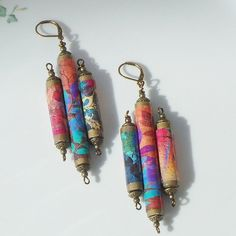 Colorful paper bead earrings paper jewelry hand made beads boho Colorful paper bead earrings paper jewelry hand made beads boho The post Colorful paper bead earrings paper jewelry hand made beads boho appeared first on Paper Ideas. Paper Bead Jewelry, Paper Earrings, Textile Jewelry, Fabric Jewelry, Paper Beads, Bead Earrings, Polymer Clay Jewelry, Jewelry Art, Beaded Jewelry