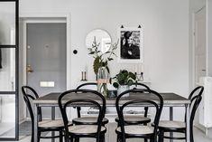 SOMETHING BEAUTIFUL: Inspiring and Stylish Monochrome Apartment