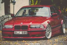 BMW E36 3 series red stance