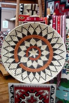 The Navajo Ceremonial Basket is used for many occasions. It is often referred to as the wedding basket, where the bride and groom will eat cornmeal from it. Also, the basket is used in healing and Beauty Way Deco Bobo, Basket Weaving Patterns, Native American Baskets, Indian Baskets, Pine Needle Baskets, Native American Design, Southwestern Decorating, Style Deco, Basket Decoration