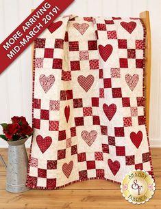 Irish Chain Pre-Cut Heart Applique Kit - The Little Things Colchas Quilt, Patch Quilt, Applique Quilts, Quilt Blocks, Quilt Stitching, Heart Quilt Pattern, Quilt Block Patterns, Quilting Projects, Quilting Designs