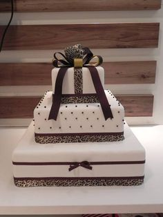 African Wedding Cakes, Traditional Wedding Cakes, African Traditional Dresses, 35, Weeding, Birthday Cakes, Biscuit, Beverage, Animal