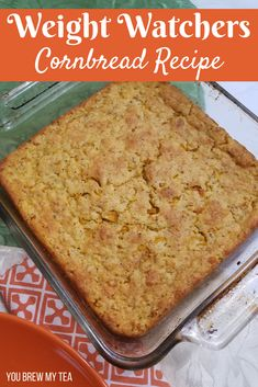 Weight Watchers Cornbread Recipe for easy and delicious side to go with chili, soup, and stew! Make this for just 4 SmartPoints on FreeStyle! A great Weight Watchers Freestyle recipe that everyone in the family will love. Plus it can easily be a vegan wei Weight Watcher Desserts, Weight Watchers Snacks, Weight Watchers Tipps, Weight Watchers Points Plus, Weight Watcher Dinners, No Calorie Foods, Low Calorie Recipes, Ww Recipes, Cooking Recipes
