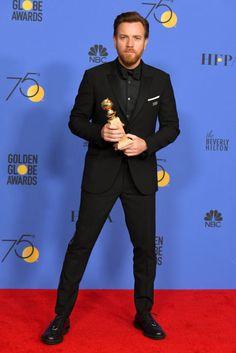 Ewan McGregor with his Golden Globe Award