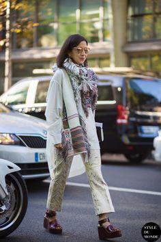 Karla Martinez Street Style Street Fashion Streetsnaps by STYLEDUMONDE Street Style Fashion Blog