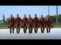 Gururumuz  onlar ! Türk Yıldızları pilotları