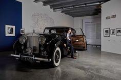 4 výstavy v Praze, které stojí za návštěvu Antique Cars, Retro, Antiques, Vintage Cars, Antiquities, Antique, Retro Illustration, Old Stuff