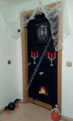 La puerta de mi casa con el decorado que he hecho este año para la noche de Halloween. ©by Sylvia M.G.D