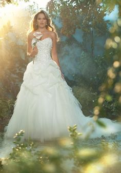 disney wedding dress collection sleeping beauty and if I got this dress I would totally do my whole wedding to match the movie lol