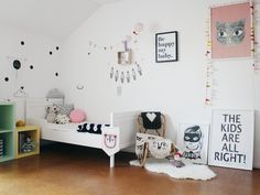 Guest on the blog @NYNNEETLILOUJOS, Nadine shares her kidsroom with us on the blog. Lots of love for the cutest rugs, cushions and luckyboysunday dolls