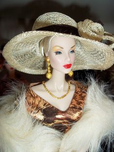 Barbie Club Meeting: Halloween  by Salvador L.A.
