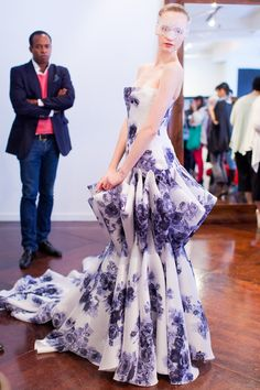 Douglas Hannant 2013 collection - Voluminous shapes and colorful patterns.