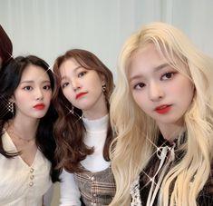 I Have A Crush, Having A Crush, South Korean Girls, Korean Girl Groups, Dream Note, Magical Girl, Pop Group, Kpop Girls, Girl Crushes