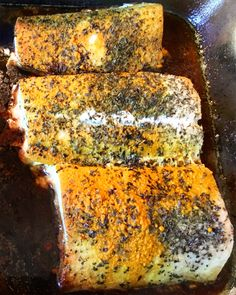 Healthy and delicious. That's the name of the game (well, for me…). This dish is so easy and simple. I like to use Mahi Mahi from time to time (not too often, it's a bit higher in…