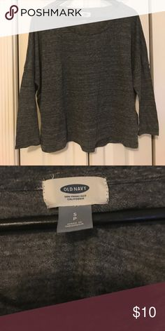 EUC old navy top EUC. Hi-low 3/4 sleeve top. Great with a cami underneath. Old Navy Tops