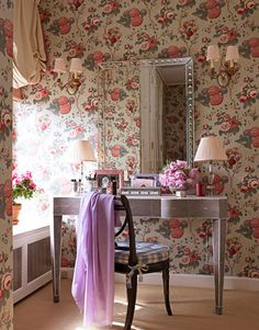 Chintz-covered walls in Hydrangea & Rose in Green and Pink by Travers. Design: Markham Roberts. Photo: Christopher Baker. housebeautiful.com #wallpaper #floral #hydrangea #feminine