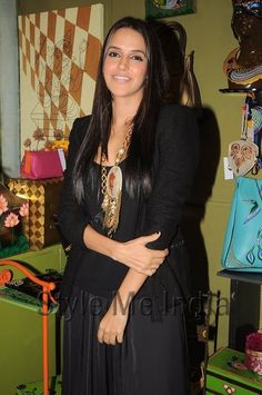 Neha Dhupia wears Rashmi Dogra necklace to the launch of Fluke store http://shar.es/so6Zd