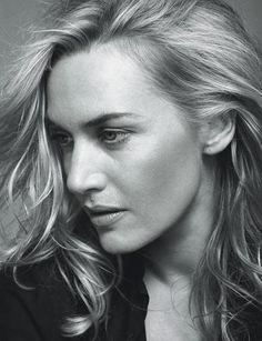 Couronnée par un Oscar, elle s'épanouit dans des rôles d'héroïnes tourmentées