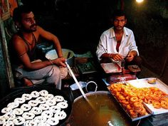 Street Food of Kolkata in the New Market area and around   Padhaaro