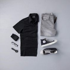 Men's Casual Fashion Shirt: Jachs NY // Denim: Blue Rise Denim // Sneakers: Converse // Glasses: Liingo Eyewear // Watch: Vincero Watches // Socks: Keep It Simple Socks Smart Casual Outfit, Stylish Mens Outfits, Men Casual, Casual Styles, Men's Casual Outfits, Trendy Style, Elegantes Business Outfit, Mode Man, Black Tees