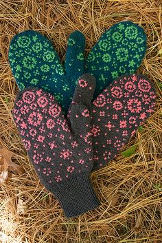 Ravelry: Pixie Farts pattern by Barbara Gregory Crochet Mittens, Mittens Pattern, Knitted Gloves, Knit Or Crochet, Knitting Stitches, Knitting Patterns, Fingerless Mitts, Fair Isle Knitting, How To Purl Knit