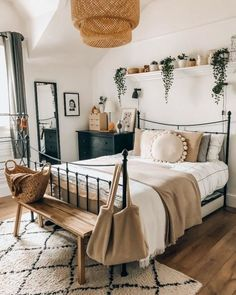 Very good actual lighting. I love the green and tans of the room. A night warm room with the cool greens Room Ideas Bedroom, Home Decor Bedroom, Decor Room, Bedroom Inspo, Boho Teen Bedroom, Bedroom Inspiration Cozy, College Bedroom Decor, Whimsical Bedroom, White Bedroom Decor