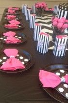 Barbie Party- Pinning just for the napkin bow idea. Barbie Theme Party, Barbie Birthday Party, 5th Birthday Party Ideas, Birthday Fun, Birthday Table, Jojo Siwa Birthday, Baby Shower, Diy, Party Supplies