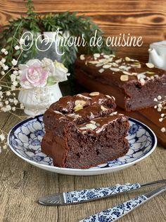 Desserts, Food, Molten Lava Cakes, Zucchini, Moroccan Cuisine, Home Made, Love, Tailgate Desserts, Deserts