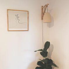 "Myra Mckeon on Instagram: ""Refreshed this lil corner"" Minimalist House Design, Minimalist Interior, Minimalist Home, Wall Spaces, Living Spaces, Living Room Decor, Bedroom Decor, Hearth And Home, Color Theory"