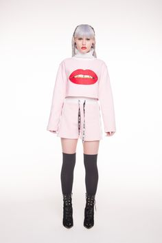 LIPS CROP SWEATER