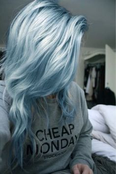 Looking for a surprising new hair color that's fit for any season? From blue pastel hair to cool shades of aqua, you'll love these light blue hair color ideas. Hair Color Blue, Pastel Blue Hair, Light Blue Ombre Hair, Green Hair, Lilac Hair, Pastel Grey, Short Pastel Hair, Pastel Hair Colors, Unique Hair Color