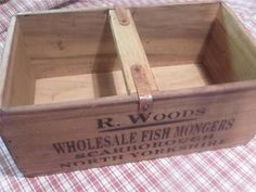 """INDUSTRIAL VINTAGE STYLE HAND MADE PINE TRUG CRATE """"MUSSELS-SCARBOROUGH-N.YORKS"""""""