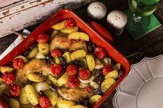 Mediterrán csirkecomb, fűszeres krumpliágyon | Street Kitchen