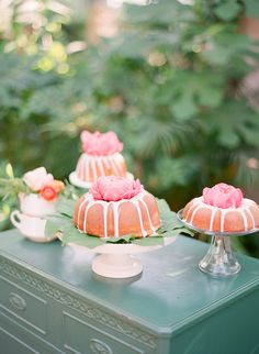 Peony-topped bundt cakes | View entire slideshow: 15 Mouthwatering Wedding Desserts on http://www.stylemepretty.com/collection/341/ | Photography: Twah Dougherty of Style-Art-Life - styleartlife.com