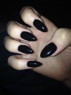 black stiletto nails