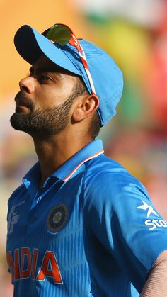 Buzzzfly brings for you the facts which are related to the Virat Kohli life. Here you get the Virat Kohli photo, unique facts in Hindi, Virat Kohli brand val. Images Wallpaper, Team Wallpaper, Wallpaper Downloads, Anushka Sharma Virat Kohli, Virat And Anushka, India Cricket Team, Cricket Sport, Cricket Wallpapers, Sports Wallpapers