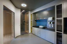 Batı Orthodontic Polyclinic x Istanbul, Turkey Medical Office Design, Dental Office Design, Dental Offices, Clinic Interior Design, Clinic Design, Wooden Panel Design, Wooden Facade, Space Interiors, Lounge Areas