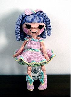 O.opsie doll - This pattern is available as a free Ravelry download. For more information, see: http://amigurumibb.wordpress.com/category/free-patterns-2/lalaoopsie/
