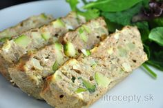Do you also love to have eggs for breakfast? Then, out of countless ways to prepare them, you also have to try this fit baked tuna omelette. This healthy, low carb breakfast wil. Low Carb Breakfast, Healthy Breakfast Recipes, Healthy Baking, Healthy Recipes, Baked Omelette, Brownies Sains, Zucchini Cheese, Desserts Sains, Appetizers